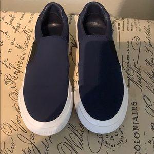 Vince Torrin style sneakers